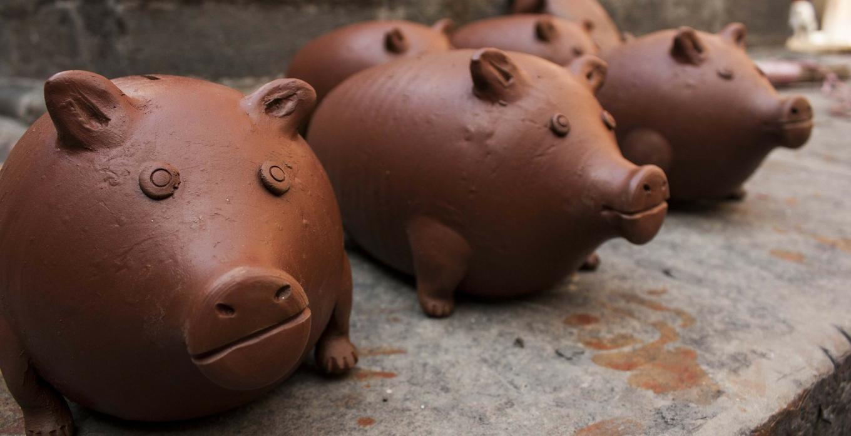 Gliniane skarbonki - świnki.